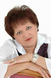 Julia Lottering, estate agent